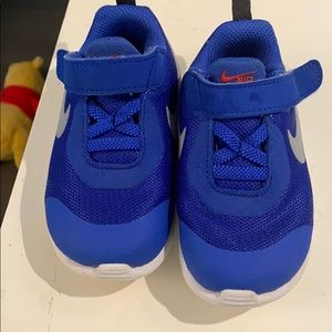 NIKE 💜 TODDLER 6c blue sneakers